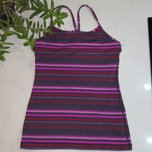 EUC Lululemon power Y pink stripes sz 4 small